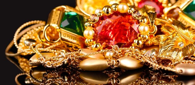 Ювелирные изделия из драгоценных металов